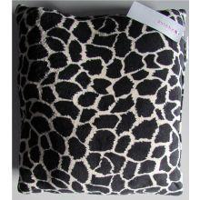 Essenza Sierkussen Giraffe Fleece (black/brown) - 50x50 cm